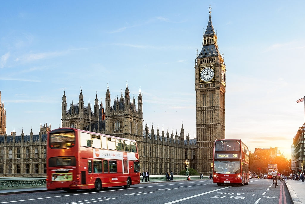 London Big Ben - Reasons to Visit England - Planet Travel Advisor - planettraveladvisor.com