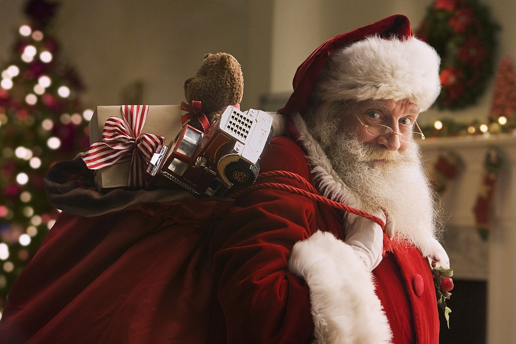 Christmas or Santa Claus - Christmas Traditions in England